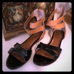 Pour La Victoire 2 tone leather sandal, gladiator